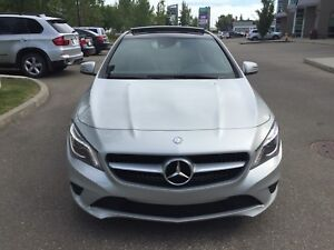 Mercedes cla 4matic fully warranty low km no accidents