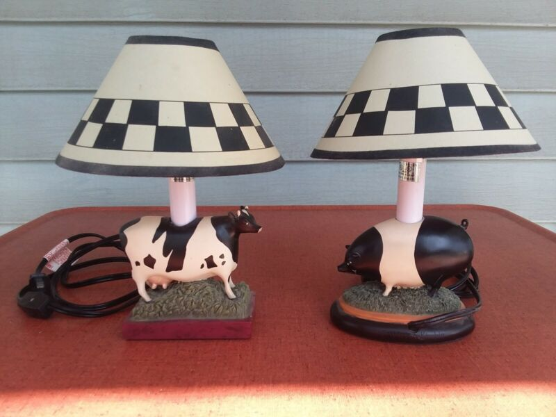 Rare Warren Kimble Pig Accent Lamp w/Checkerboard Shade VGC