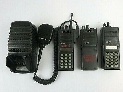 Motorola Mts2000 Series Radio Bundle Of 3 W Desktop Charger