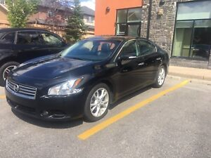 REDUCED 2012 Nissan Maxima SV Fully loaded MUST SELL
