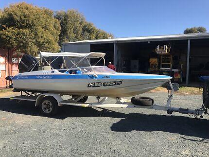 O'Brien ski boat