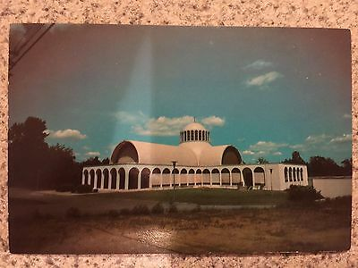 POSTCARD UNUSED CONNECTICUT, BRIDGEPORT HOLY TRINITY GREEK ORTHODOX CHURCH.