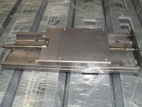 LINEAR SLIDE WITH LEAD SCREW