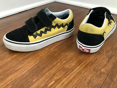 Vans Peanuts Charlie Brown shoes youth size 13.5