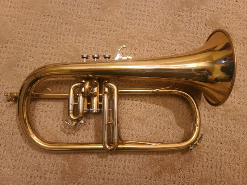 Couesnon Flugelhorn #79207  Smooth And Fluffy!  Monster tone!
