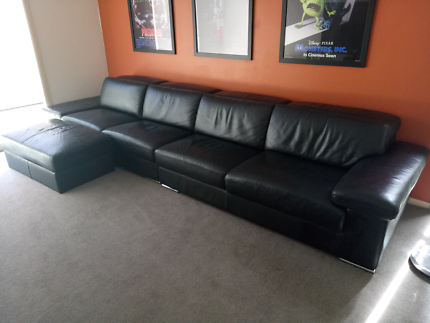 Nick Scali black leather couch