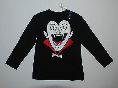 Halloween~Langarmshirt~USA~110-116~Dracula~schwarz~Amerika~Junge~Pullover~Place