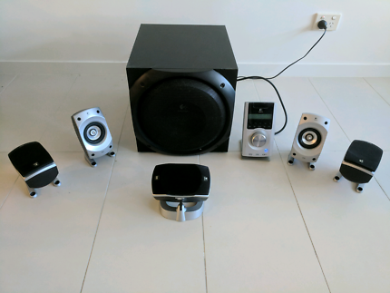 Speakers and subwoofer - Logitech z 5500 5.1 surround sound syste