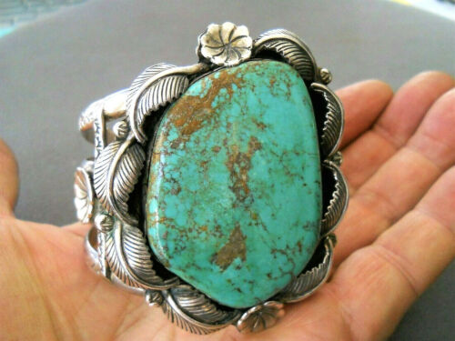 Southwestern Native American Green Turquoise Sterling Silver Cuff Bracelet