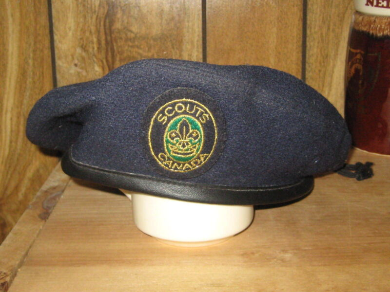 Scouts Canada Dark Blue Beret with Green Background Patch, adjustable       eb13