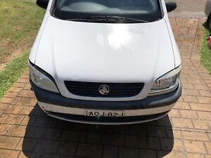 7 seater 2003 Holden zafria 6 months rego swap for a smaller car