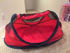Kidco Peapod Beach Tent / Travel Bed