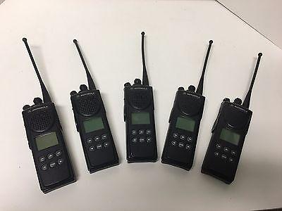Lot of 5 Motorola XTS 3000 Model II H09UCF9PW7AN 800 mhz Portable Radio