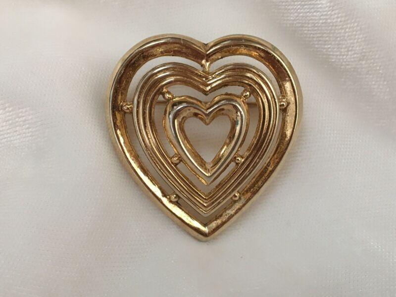 "Vintage Crown Trifari Gold Tone Pyramid HEART Brooch Pin 1.5"""