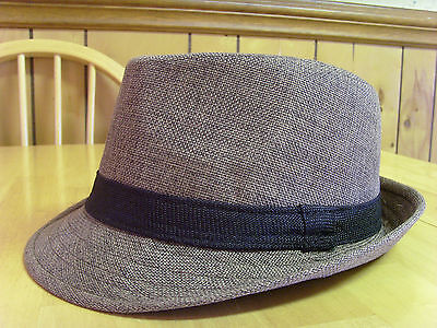 MENS AMICI ACCESSORIES BEIGE KHAKI TAN WITH BLACK BAND TRILBY FEDORA HAT, UNWORN