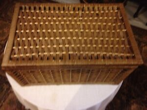 Hinged wicker boxes