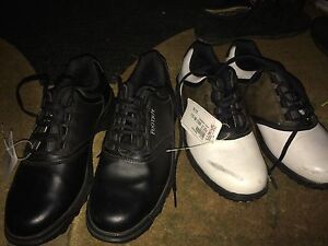 Youth Golf Shoes - GREAT CONDITION