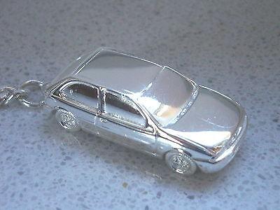 Schlüsselanhänger Ford Fiesta versilbert  (5167)