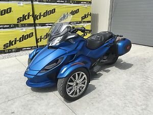 2015 Can-Am Spyder® ST Limited - SE5