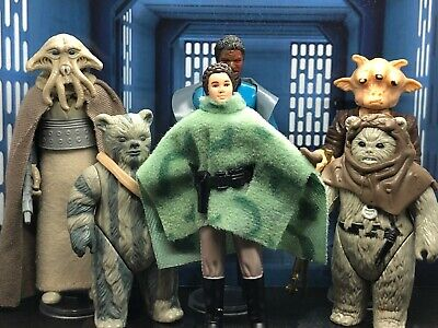 Vintage Star Wars - 6 Figures - Box 47