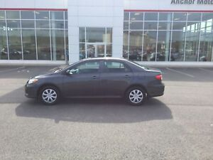 2013 Toyota Corolla CE AUTO; AIR; P/ROOF; HEATED SEATS; REMOT...