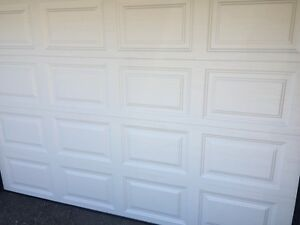 Clopay garage door 9x7 premium series, insulated
