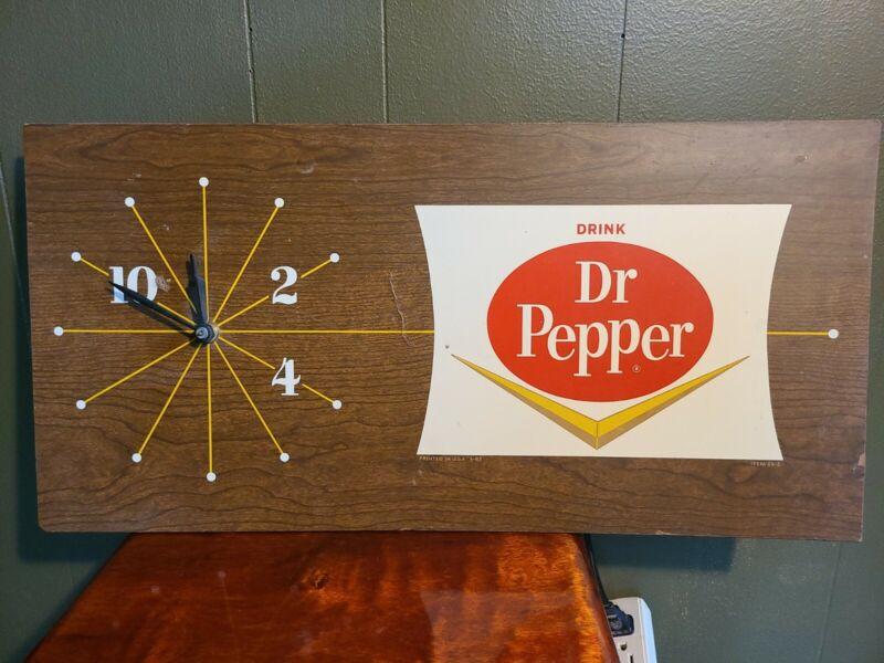 Dr Pepper Rare 1965 Pam  Clock 24 x12