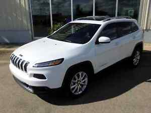 2016 Jeep Cherokee Limited 4x4 - Fully Loaded