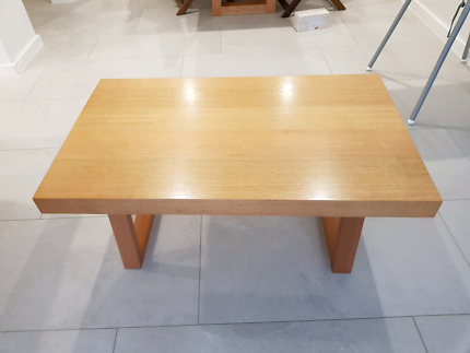 Timbet coffee table