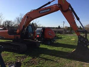 NEW DOOSAN DX225LC-5 (22.5 TON)-0% for 60 OR 5YR/7500HR WARR Kingston Kingston Area image 1