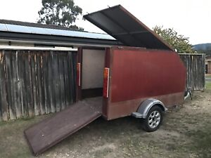 Enclosed box trailer heaps of rego