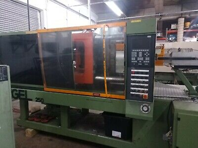 Plastic Manufacturing Injection Molding Machine Time Available 75-375 Tons