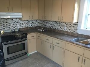 3 bedroom for rent ground level available now!!!