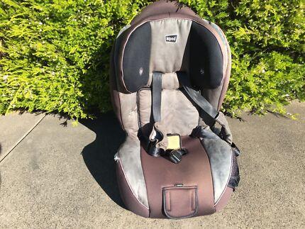 """Hipod"" baby car seat"