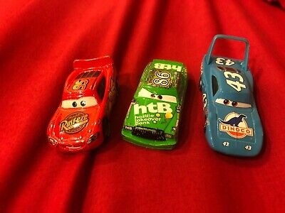 DISNEY PIXAR CARS SET OF 3 LOOSE CARS MCQUEEN CHICK HICKS AND THE KING