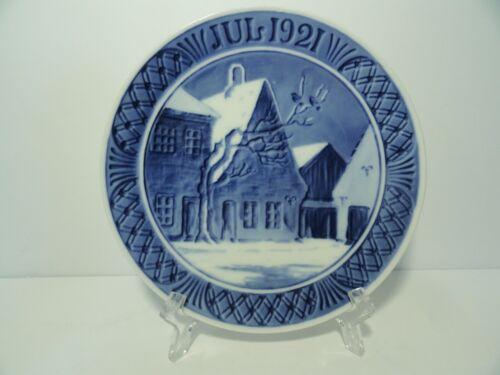 Royal Copenhagen Annual Christmas Plate 1921