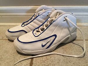 Kids Size 6Y Nike Basketball Shoes