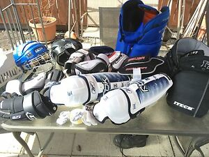 Hockey equipment buy together or by piece!!! Cheap prices