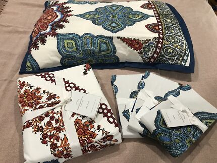 PotteryBarn Quilt Cover Set (king size)