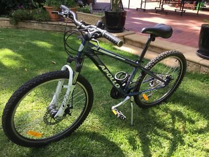 """Kids 24"""" Mountain bike, near new"""