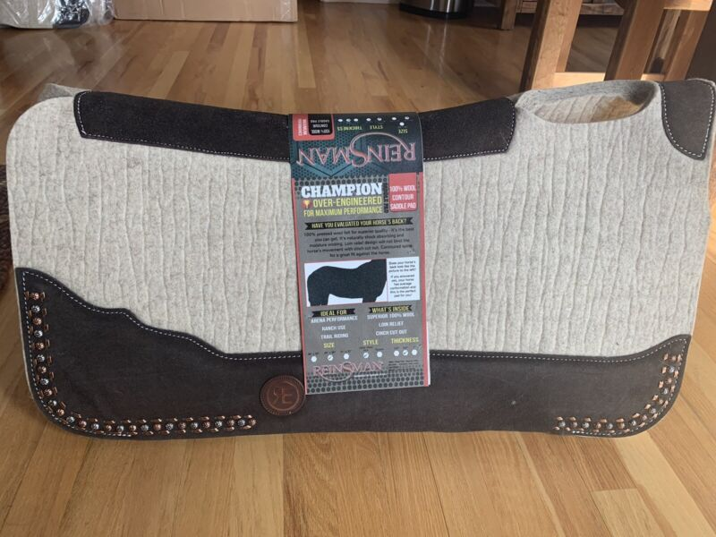 Reinsman Limited Edition Studded 100% Wool Contour Saddle Pad