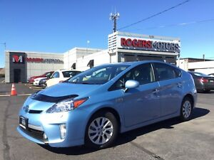 2015 Toyota Prius PLUG-IN - NAVI - LEATHER - REVERSE CAM
