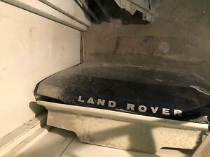 2006 Land Rover hood used