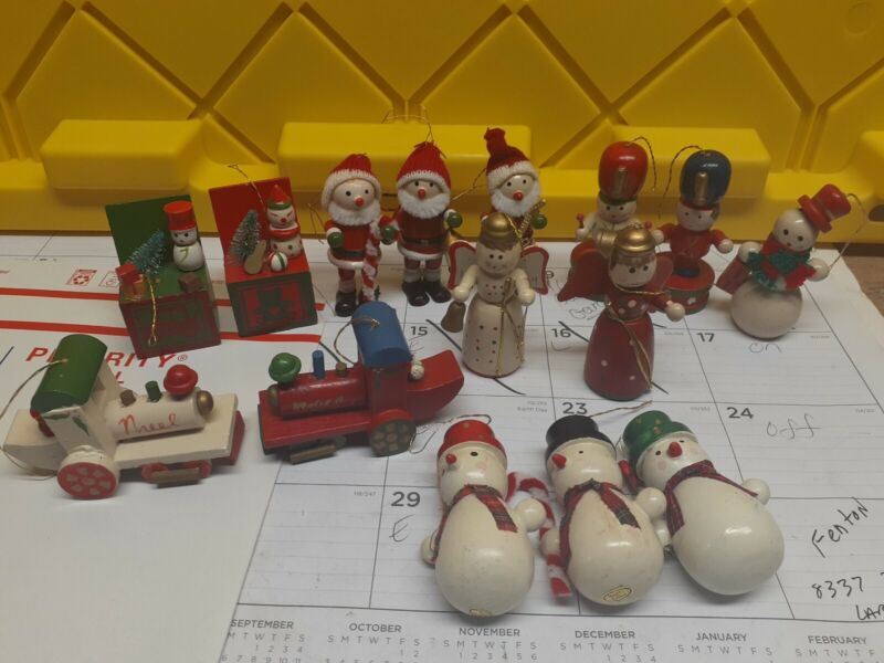 Lot of 15 Vintage  Wooden Christmas Tree Ornaments 1970