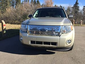 2010 Ford Escape 4wd v6 clean