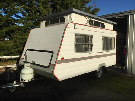 Immaculate Pop-Top Caravan Welshpool South Gippsland Preview