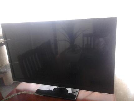 42inch Panasonic viera led smart tv