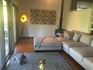 Fully furnished house for lease - Gold Coast Carrara Gold Coast City Preview
