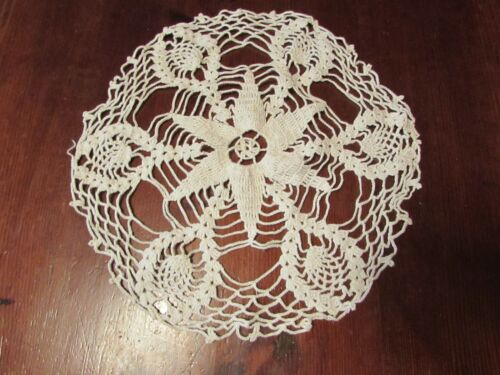 """VINTAGE ANTIQUE off white handmade 13"""" round crocheted doily doilie"""