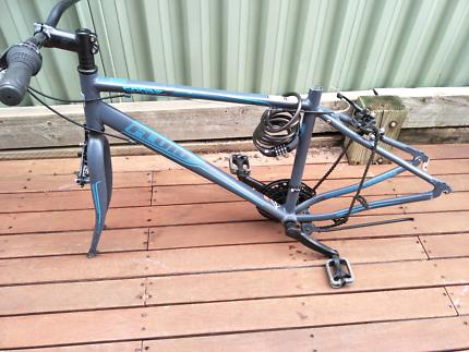 Fluid sprine mountain bike for parts